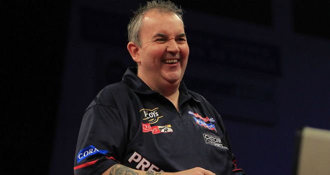 Phil Taylor: Now third place in the Premier League table after easy win (Image: Lawrence Lustig/PDC)