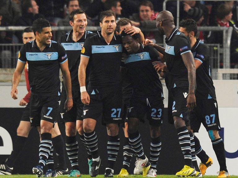 Lazio celebrate Ogenyi Onazi's goal