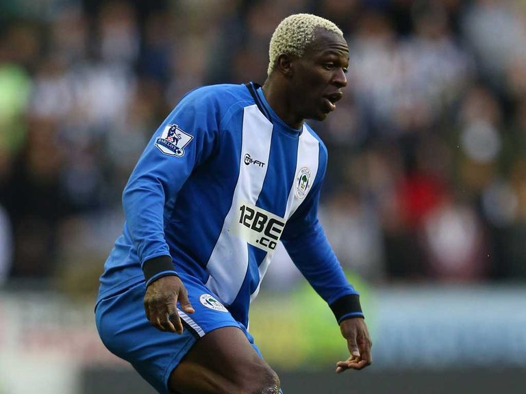 Arouna Kone: Everton switch completed