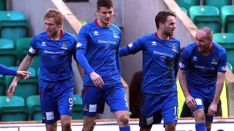 Caley Thistle players celebrate Graeme Shinnie's goal in the win 2-1 at Hibernian