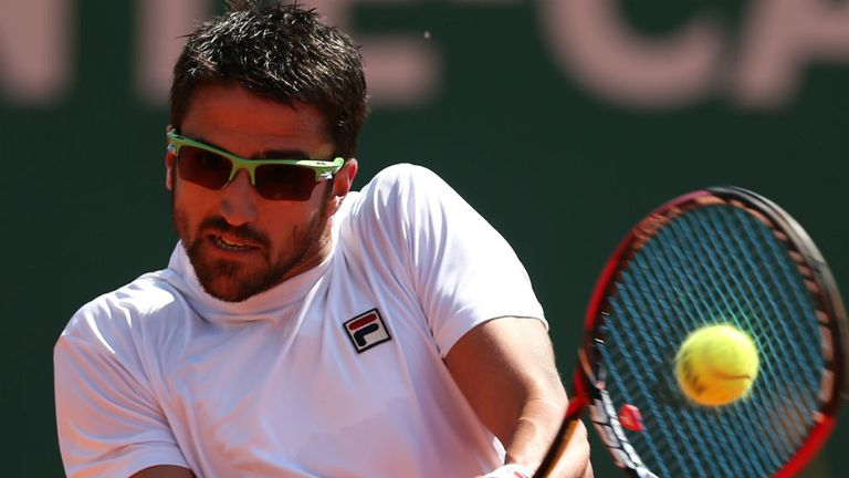 Janko Tipsarevic: The top-seed advances to the quarter-finals