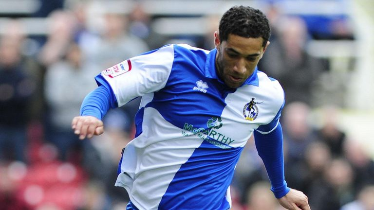 Danny Woodards: Handed Tranmere contract