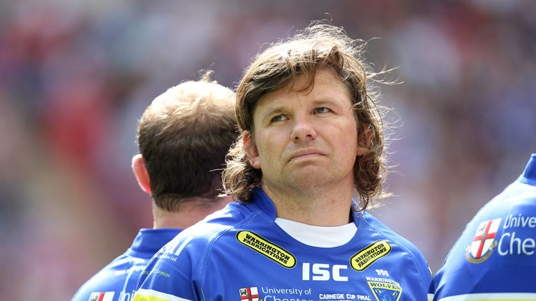 Lee Briers: Tony Smith hopeful the veteran playmaker will not miss more than three games