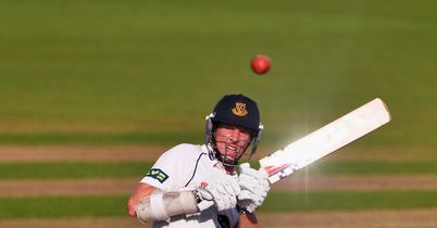Sussex finish off Derbyshire