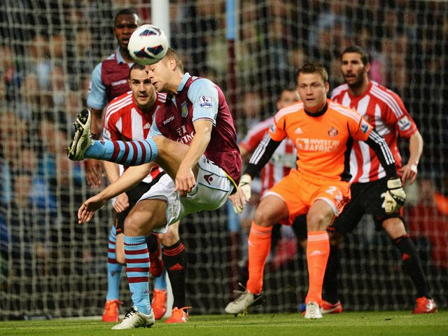 Nathan Baker tries to worry Sunderland.