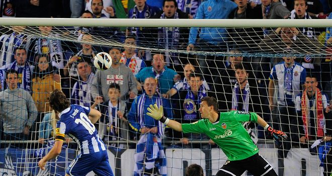 Joan Verdu scores Espanyol's second goal