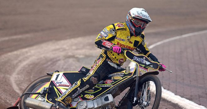 Scott Nicholls: Top-scored for Wolves (Pic credit Jeff Davies)