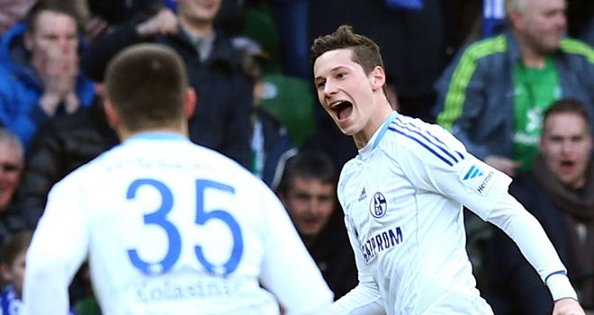 Julian Draxler wheels away after scoring