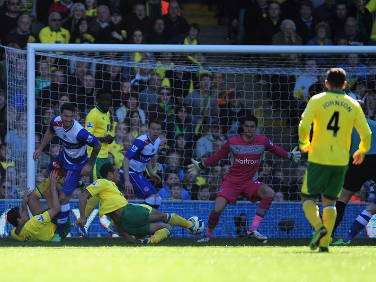 Elliott Bennett scored Norwich's second against Reading