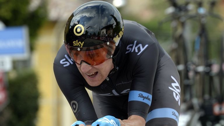 Bradley Wiggins obliterated his rivals with a stunning display