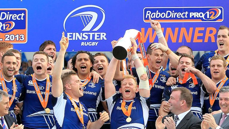 Leo Cullen lifts the RaboDirect PRO12 trophy