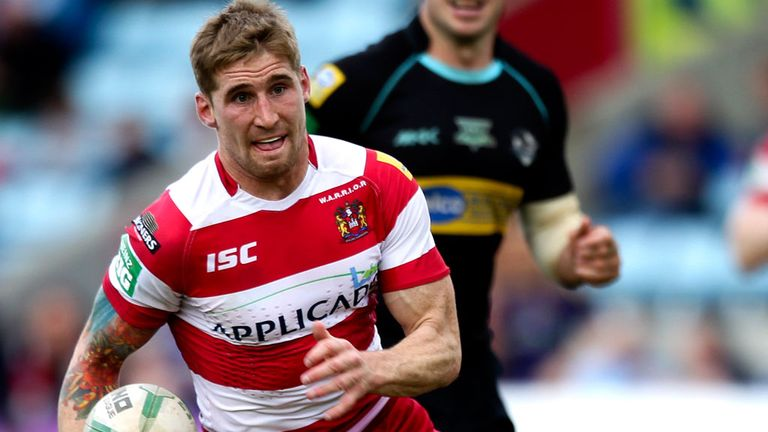 Sam Tomkins tore the London defence to shreds.