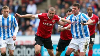 Stephen Dawson: Contract at Oakwell is running down