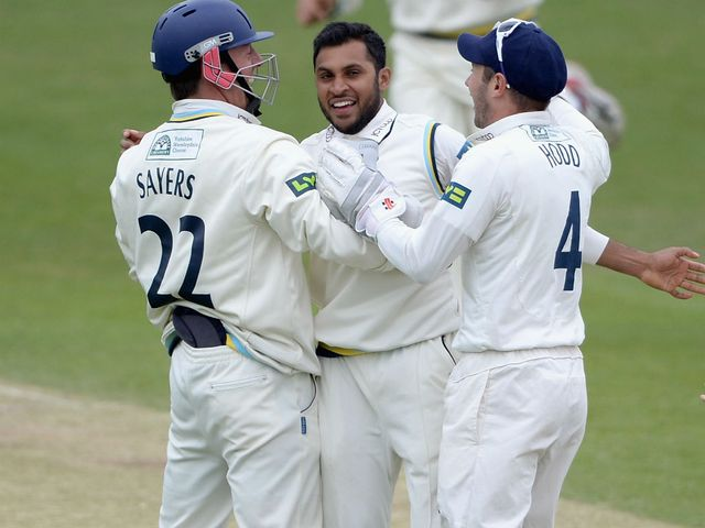 Adil Rashid helped Yorkshire to victory