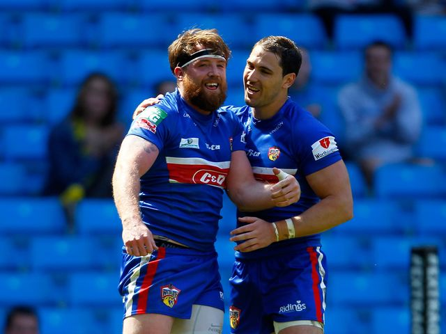 Dean Collis (r): Scored two tries for Wakefield