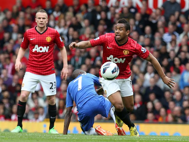 Anderson in action for Manchester United.