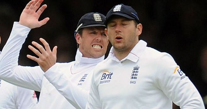 Graeme Swann and Tim Bresnan brought back for England