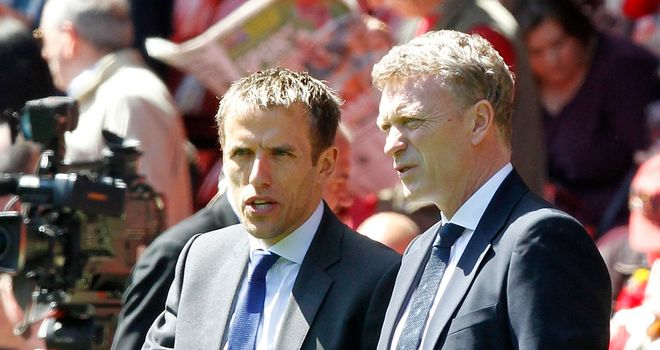 Phil-neville-david-moyes-pa_2942116