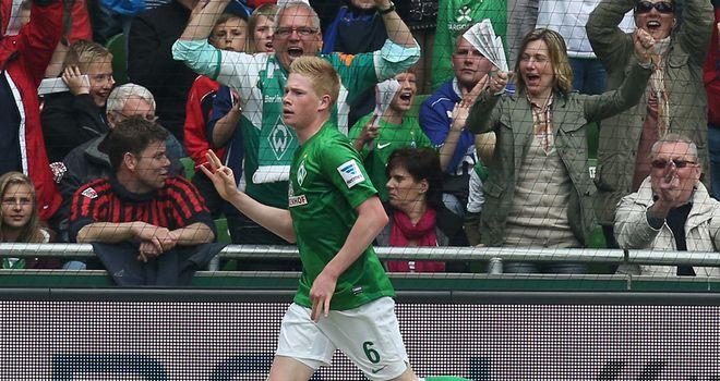 Kevin de Bruyne celebrates his opener for Bremen