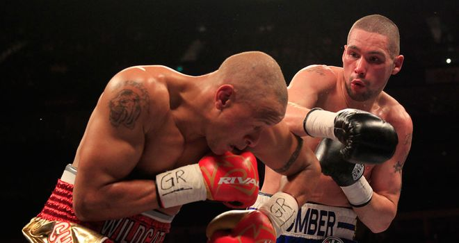 Tony Bellew defeats Isaac Chilemba on points in rematch (pic by Lawrence Lustig)