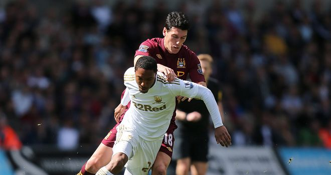 Jonathan De Guzman: Tangles for the ball with Gareth Barry
