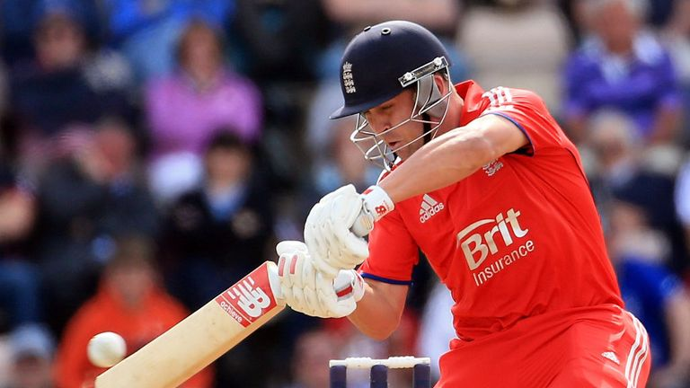 Jonathan Trott: Doesn't care for personal statistics