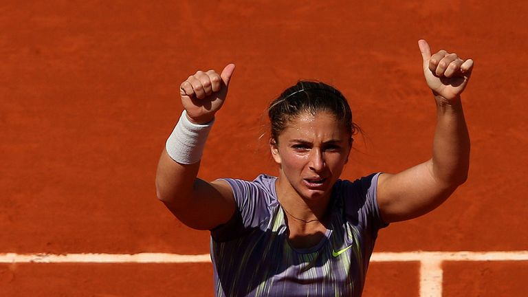 Sara Errani: straight-sets victory