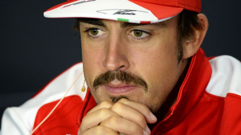 Fernando Alonso: Showed off a new look on Thursday