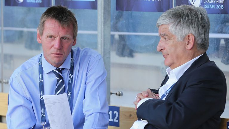 Stuart Pearce (l): With his former boss David Bernstein