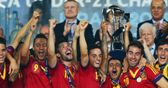 Steve McClaren believes England should follow Spain's approach