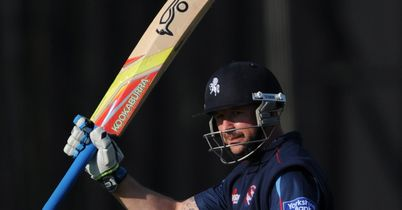 Kent beat Sussex in thriller