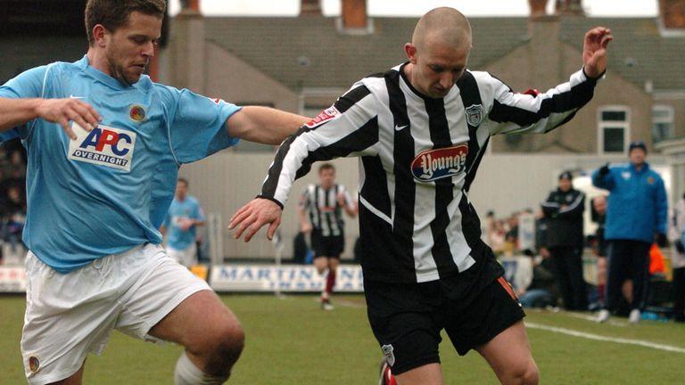 Andy Parkinson (r): His penalty put Prestatyn through