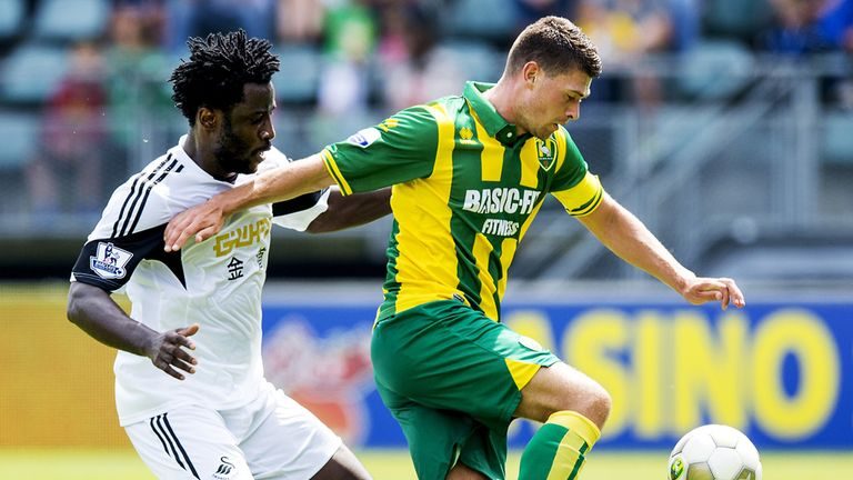 Wilfried Bony: Closes down Den Haag's Danny Holla