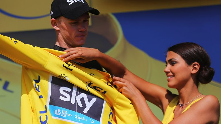 Chris Froome now leads the race by 3min 25sec