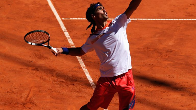 Fabio Fognini makes it 11 straight wins on clay