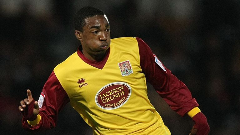 Marlon Jackson: Signs for Bury
