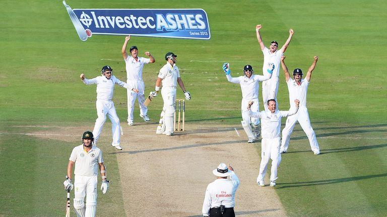 Graeme Swann wraps up victory for England at Lord's