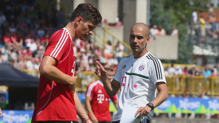 Mario Gomez: Listened to Pep Guardiola before deciding on Fiorentina