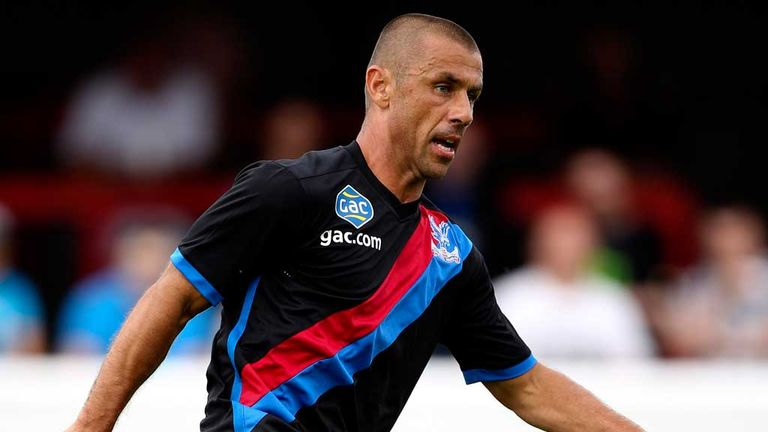 Kevin Phillips: Crystal Palace striker in action at Dagenham