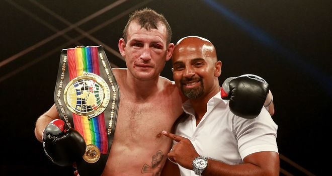 Derry Mathews: Has plenty of big fight experience