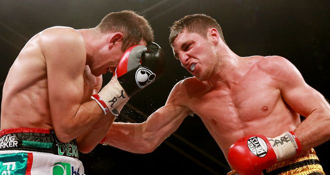 Derry Mathews on his way to victory over Tommy Coyle