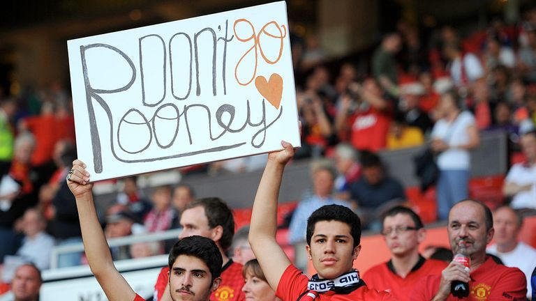 United fans were supportive of Rooney on Monday night