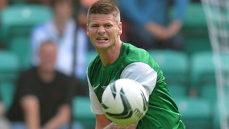 Michael Nelson: Hibernian defender sidelined for visit of Aberdeen