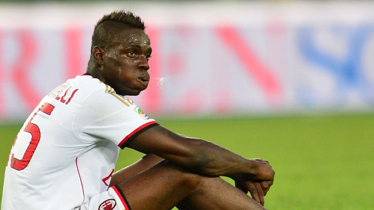 Mario Balotelli: Must learn to control his anger, says Roberto Mancini