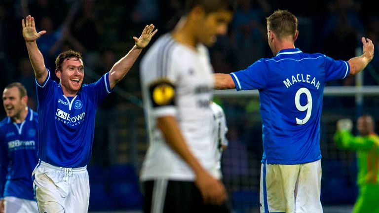 Paddy Cregg celebrates with Steven MacLean after win over Rosenborg