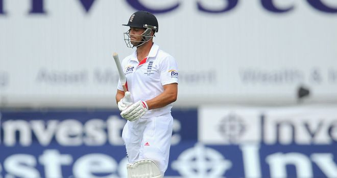 Jonathan Trott: Looked fluent before falling for 49