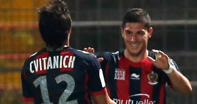 Jeremy Pied celebrates his goal for Nice