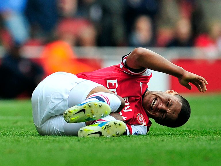 Oxlade-Chamberlain: Injury blow early in the season