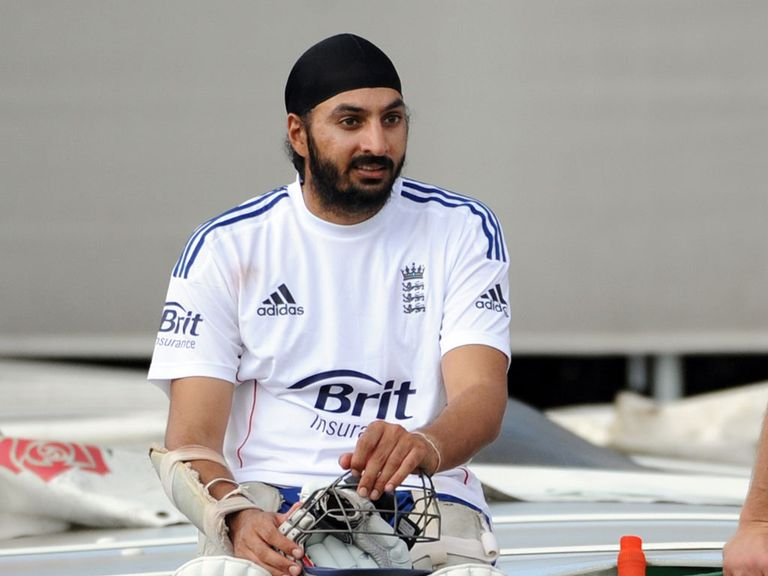 Monty Panesar: Focused on Essex for now