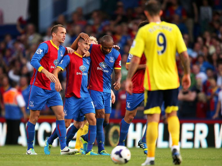 Crystal Palace defeated Sunderland 3-1.